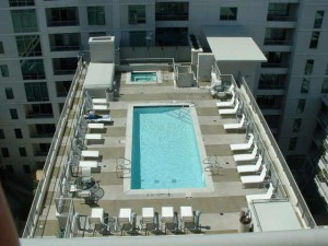 Acqua-Vista-Pool_Little-Italy_San-Diego-Downtown