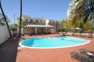 El-Cortez-Pool_Cortez-Hill_San-Diego-Downtown