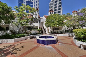 Park-Row-Courtyard_Marina_San-Diego-Downtown
